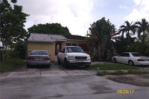 5231 NW 2nd Ter - Photo 1