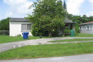 13100 NW 18 Ave - Photo 1