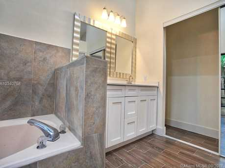 3331 NW 97th Ave - Photo 25