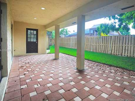 3331 NW 97th Ave - Photo 7