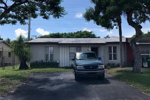 11404 SW 151st Ter - Photo 1
