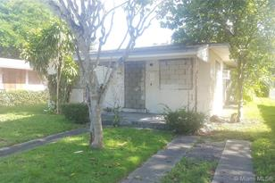 1480 NW 59th St - Photo 1