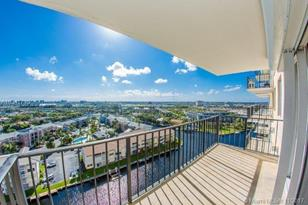 427 Golden Isles Dr #14A - Photo 1