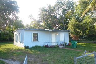 15700 NW 157th St Rd - Photo 1