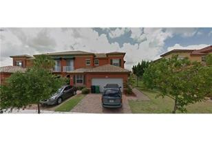 15274 SW 88th Ter - Photo 1
