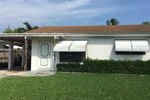 1512 NW 7th Ter - Photo 1