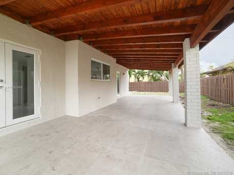 1814 SW 138th Ave - Photo 7