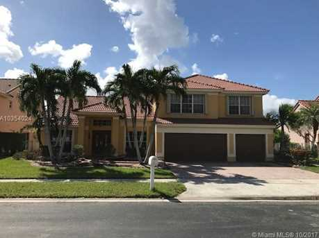 19396 NW 13th St - Photo 1