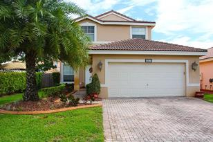 2317 SW 163rd Ave - Photo 1