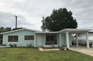 2500 NW 16th St - Photo 1