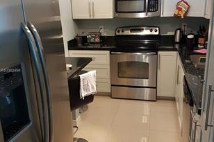 400 Kings Point Dr #1207 - Photo 1