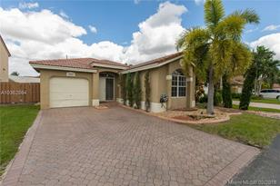 15627 SW 100th Ter - Photo 1