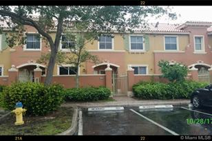 630 SW 106th Ave #1505 - Photo 1