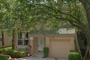 15430 NW 12th Ct - Photo 1