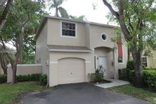 11775 NW 12th St - Photo 1