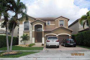 13999 SW 155th Ter - Photo 1