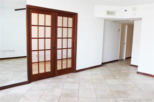 100 Lincoln Rd #1124 - Photo 1