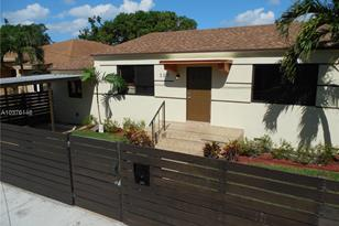 337 NW 47th St - Photo 1