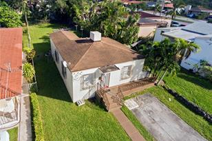 2325 SW 59th Ave - Photo 1