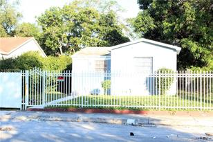 6731 NW 3rd Ave - Photo 1