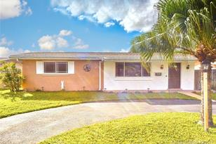 8550 NW 15th Ct - Photo 1