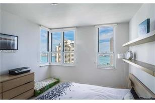 701 Brickell Key Blvd #2509 - Photo 1