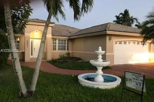 7901 SW 162nd Ct - Photo 1