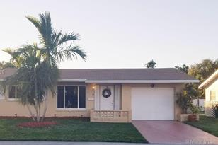 5719 NW 74th Ave - Photo 1