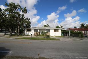 1647 NW 113th Ter - Photo 1