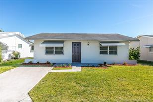 4708 NW 48th Ave - Photo 1