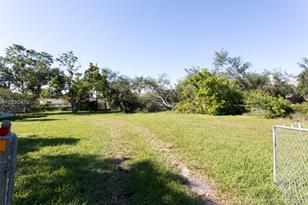 21900 Old Cutler Rd - Photo 1