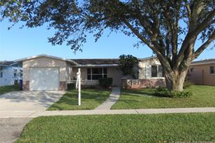 2101 NW 95th Ave - Photo 1