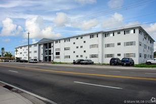 13700 NE 6th Ave #305 - Photo 1