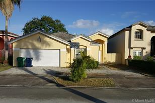 1035 NW 129th Ct - Photo 1