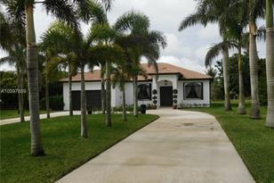 21950 SW 184th Ave - Photo 1