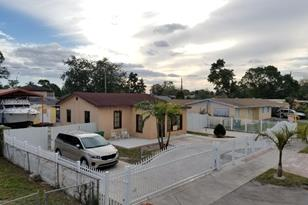 2464 NW 104th St - Photo 1