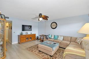 551 SW 135th Ave #111B - Photo 1