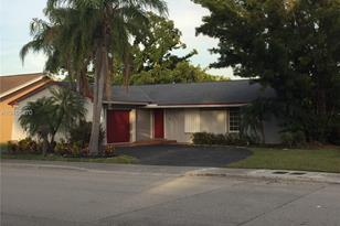 11501 SW 132nd Ave - Photo 1