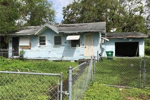1905 NW 94th St - Photo 1