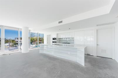 1 Collins Ave #306 - Photo 1
