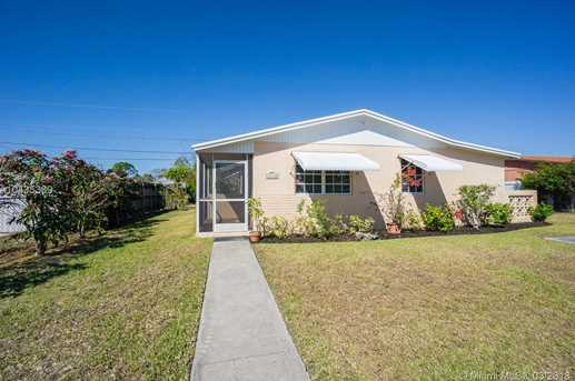 16940 SW 121 Ave - Photo 1