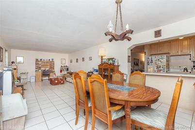 5310 SW 110th Ave - Photo 1