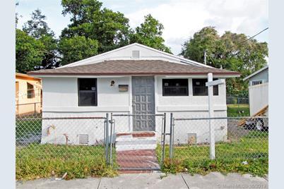 Miraculous 3006 Nw 51St Ter Miami Fl 33142 Download Free Architecture Designs Grimeyleaguecom