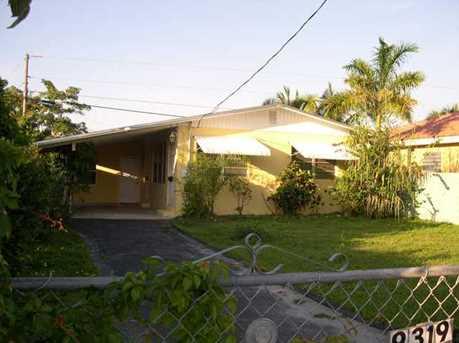 9319 SW 170 St - Photo 1