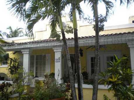 372 La Villa Dr - Photo 1