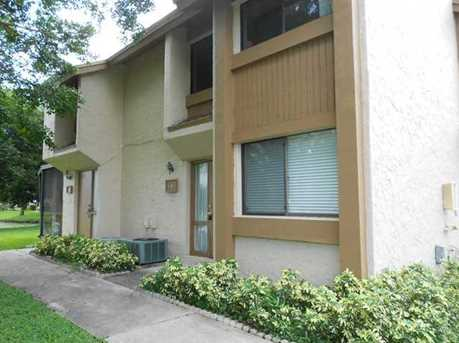 28 Wimbledon Lake Dr, Unit #-- - Photo 1