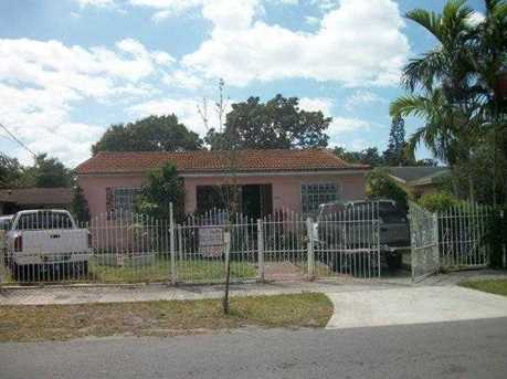 1230 NW 35 St - Photo 1