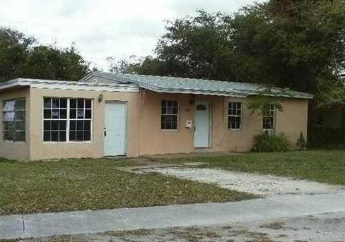 3121 NW 161 St - Photo 1