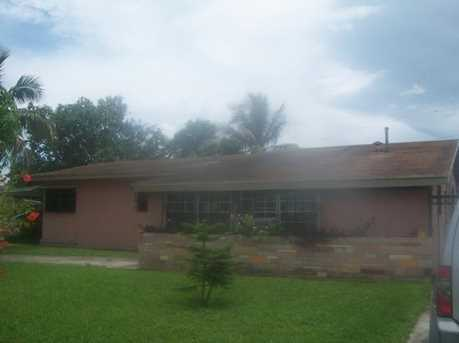 1450 NW 183 St - Photo 1