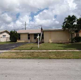 8131 NW 20th Ct - Photo 1